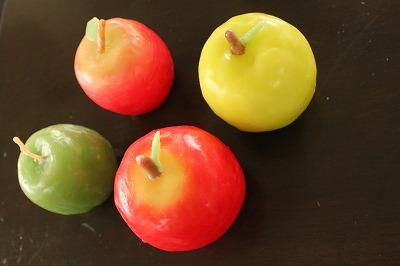 大きなりんごのキャンドル