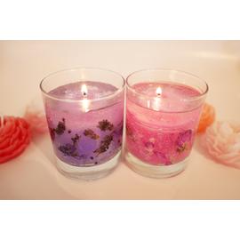 コラムニスト・ひかりさんとコラボの、天然のアロマと花びらを使ったキャンドルです。
